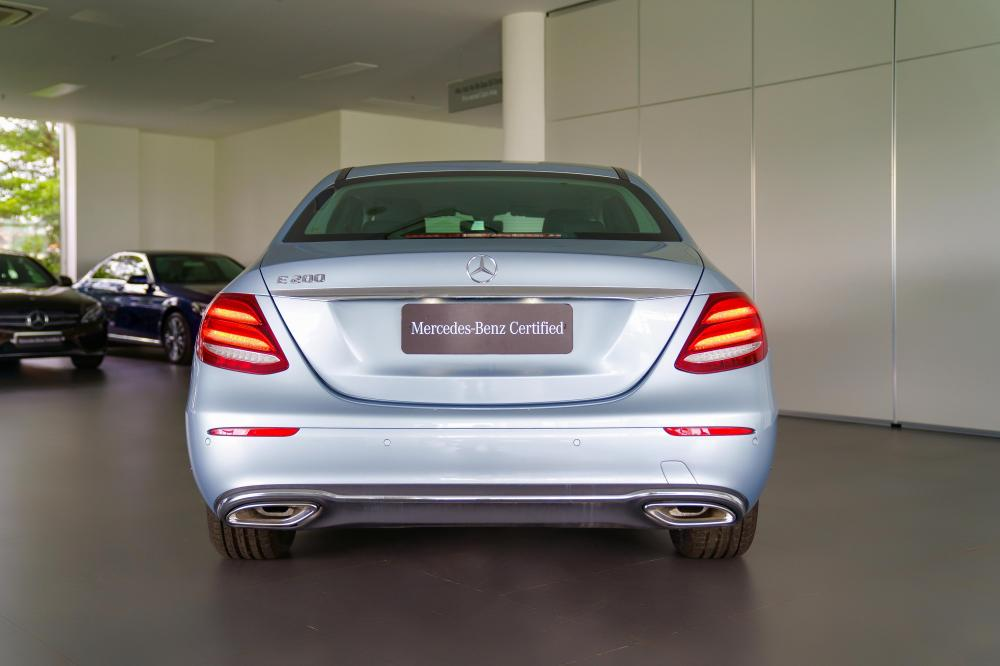 Bán Mercedes-Benz E200 2017 Silver, CHÍNH HÃNG GIAO NGAY