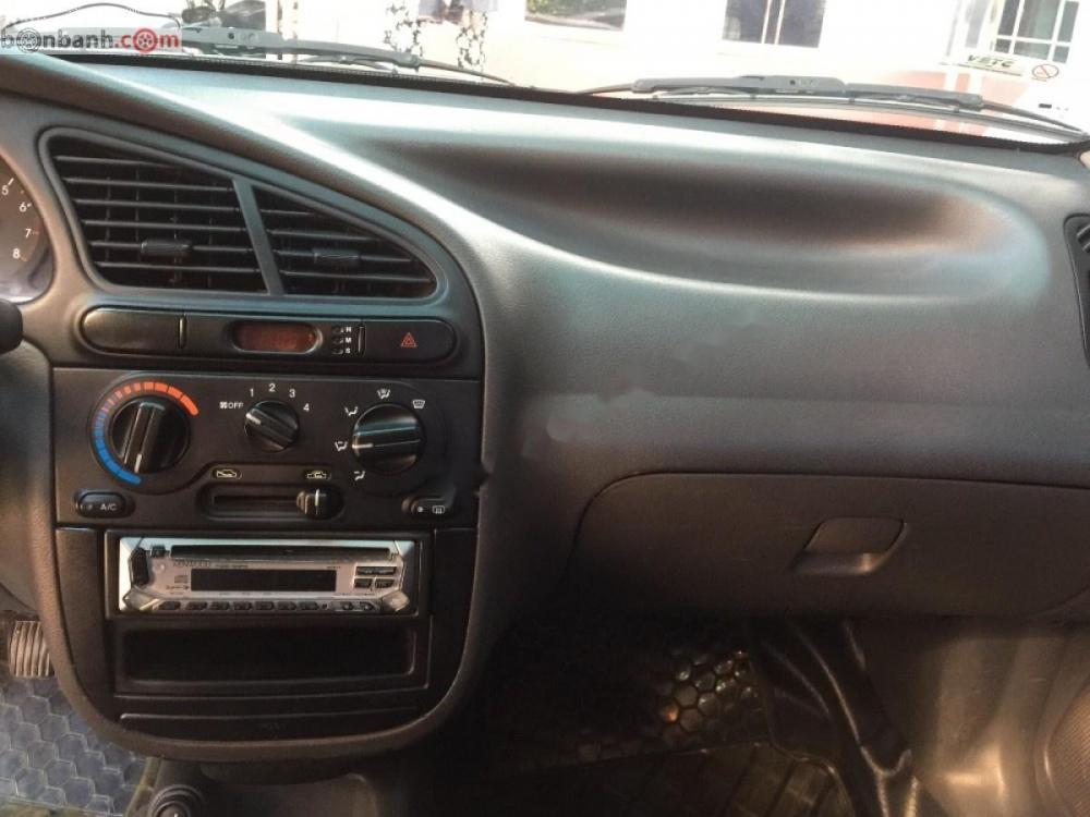 Cần bán Daewoo Lanos 1.5 MT năm sản xuất 2003 giá cạnh tranh