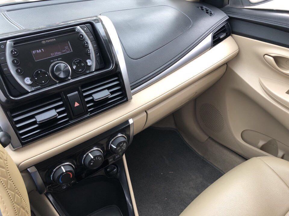 Bán Toyota Vios sản xuất 2014, màu bạc số sàn, giá 437tr