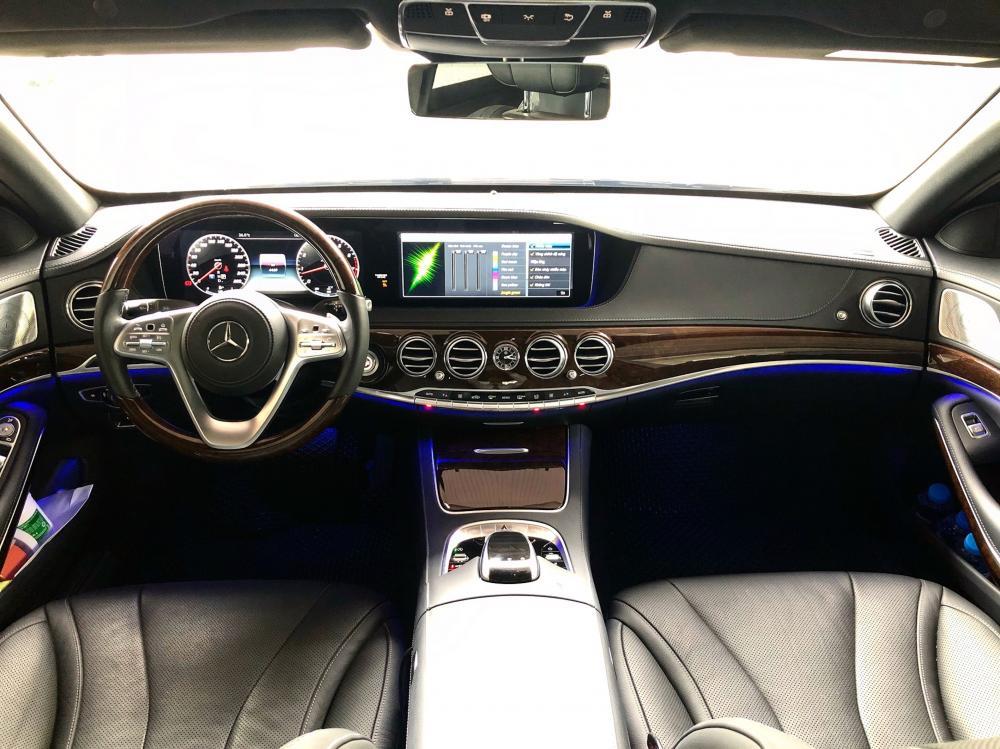 Bán ô tô Mercedes S450L đời 2018, màu trắng, như mới