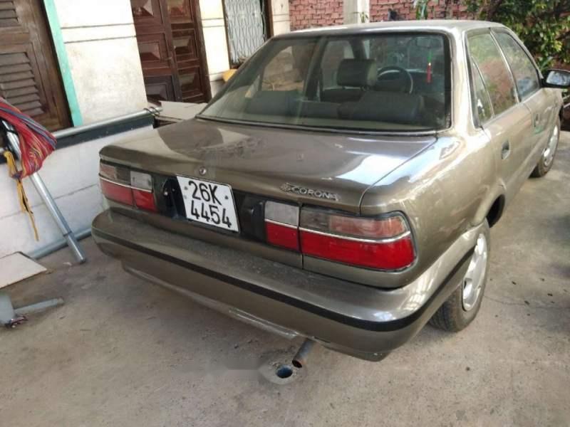 Bán xe Toyota Corolla altis đời 1990, màu vàng cát