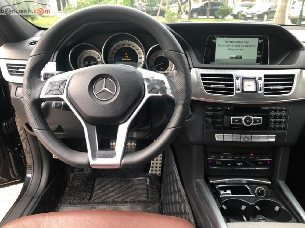 Xe Mercedes E400 sản xuất 2014, màu đen chính chủ