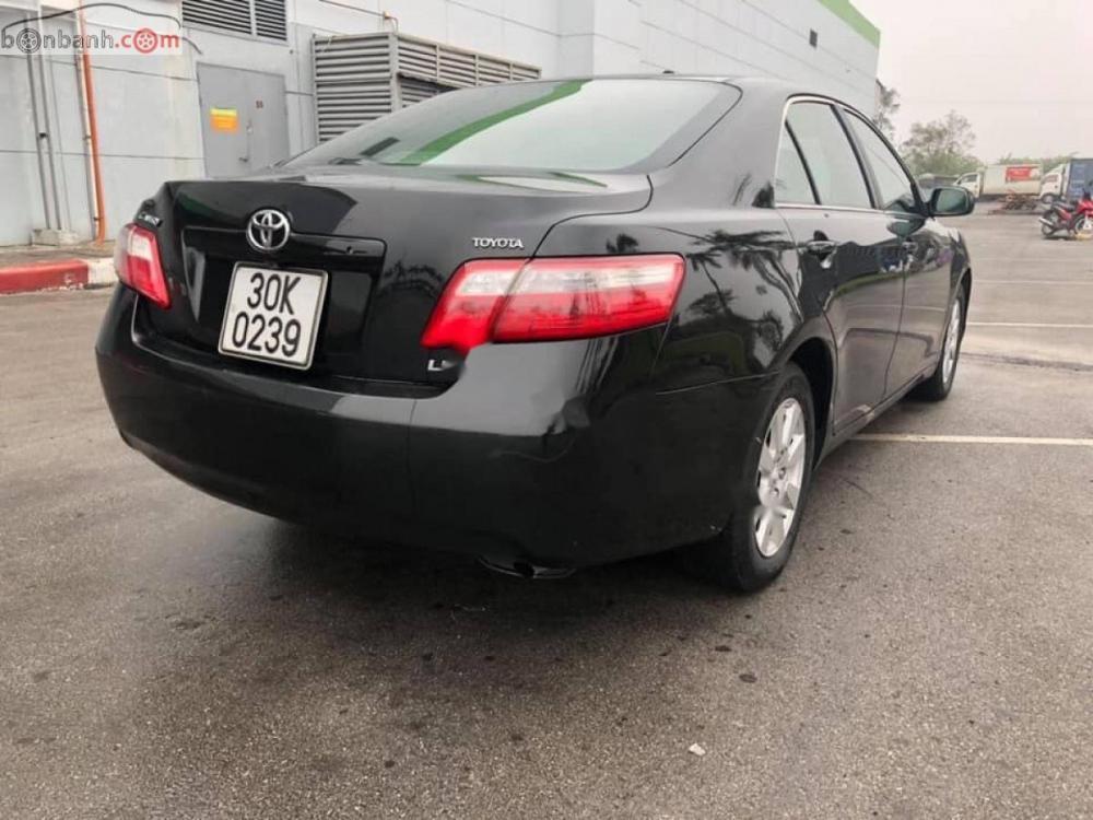 Bán Toyota Camry 2.4LE 2007, màu đen, nhập khẩu nguyên chiếc