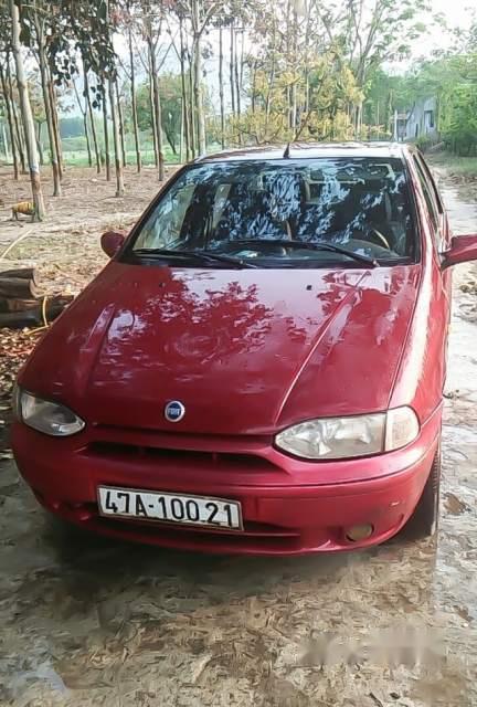 Bán Fiat Siena MT sản xuất năm 2003, màu đỏ, nhập khẩu, máy của Ý khỏe bền