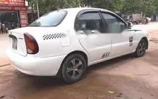 Bán ô tô Daewoo Lanos đời 2002, màu trắng, giá rẻ