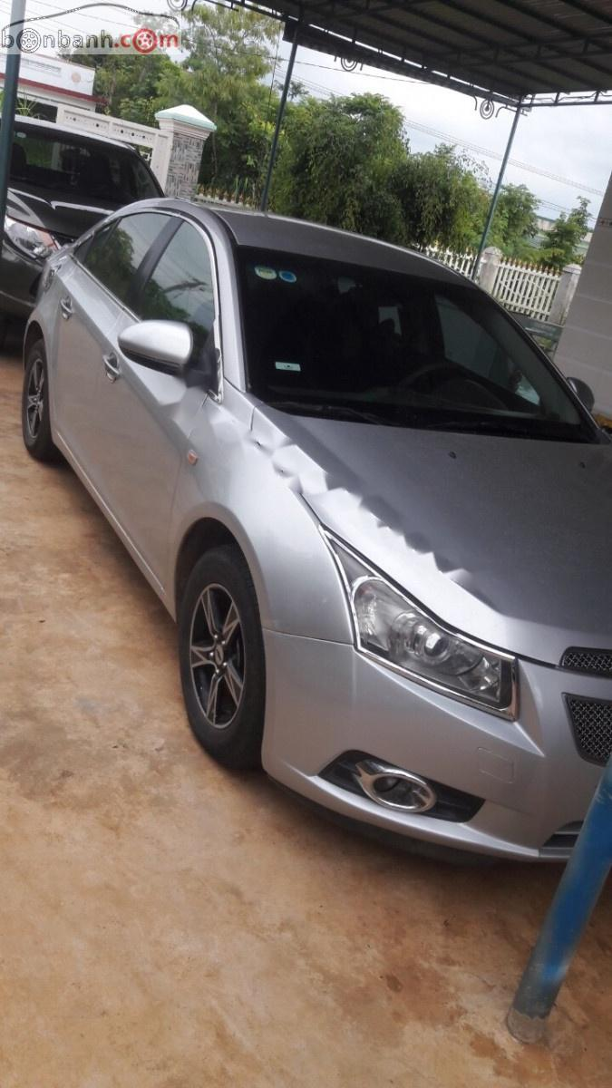 Bán Chevrolet Cruze LS 1.6MT năm 2011, màu bạc, chính chủ
