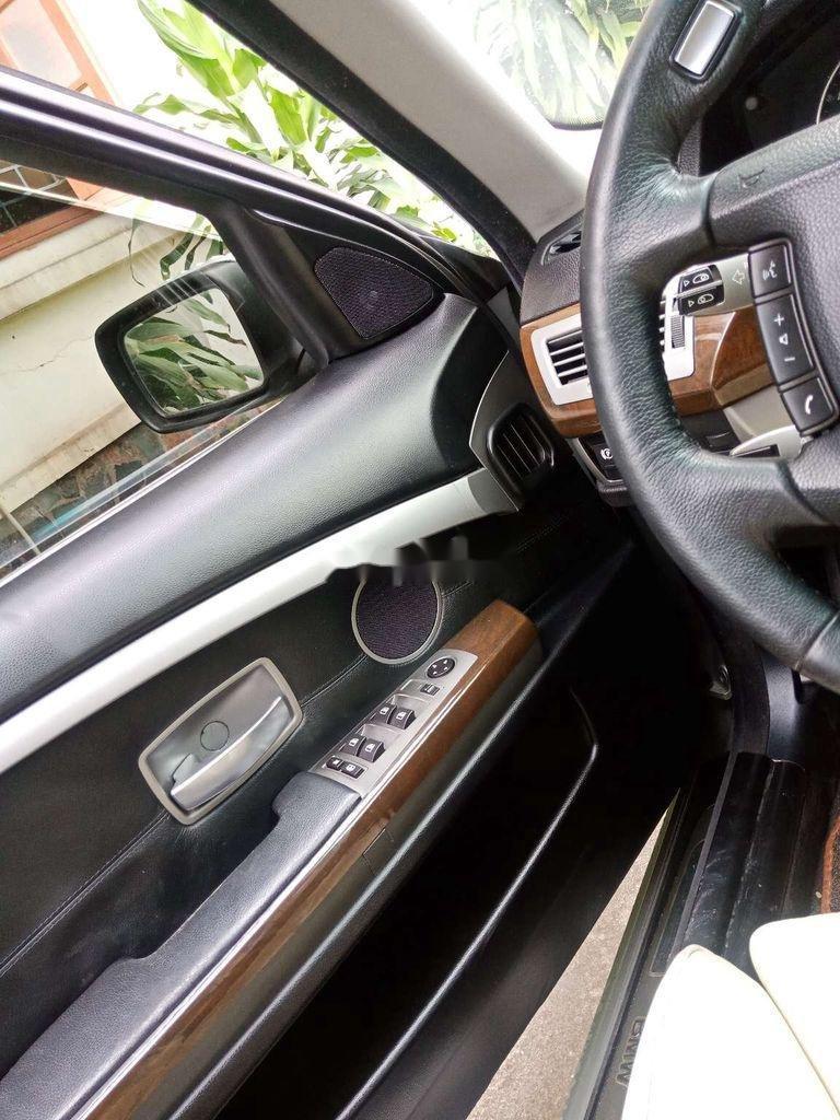 Cần bán lại xe BMW 750Li năm sản xuất 2005, màu bạc, xe nhập, 800tr
