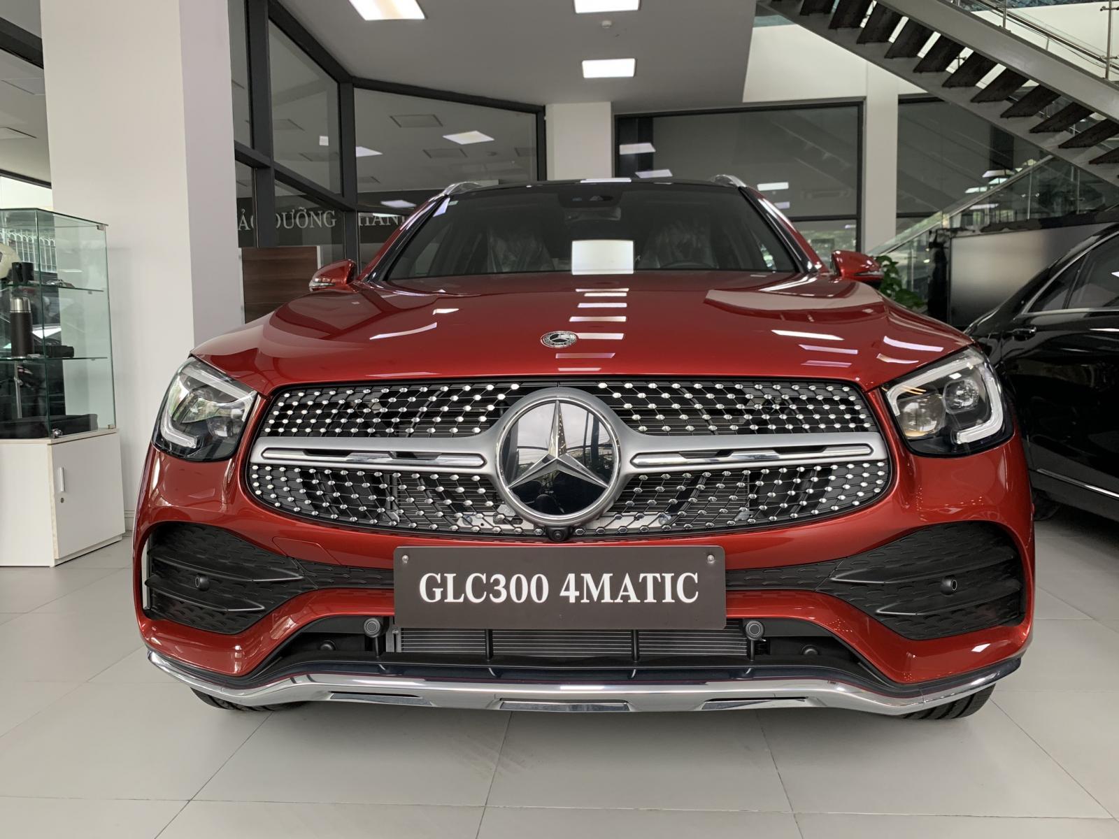 Mercedes Benz GLC 300 4MATIC 2020 Giá cực tốt đã bao gồm lăn bánh