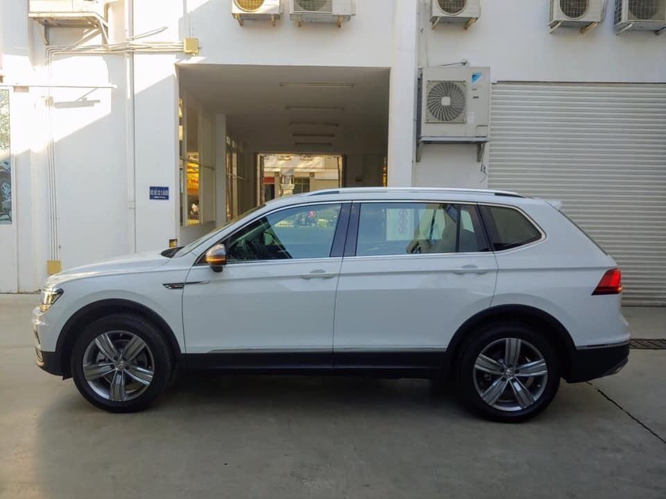 Volkswagen Topline trắng Pure