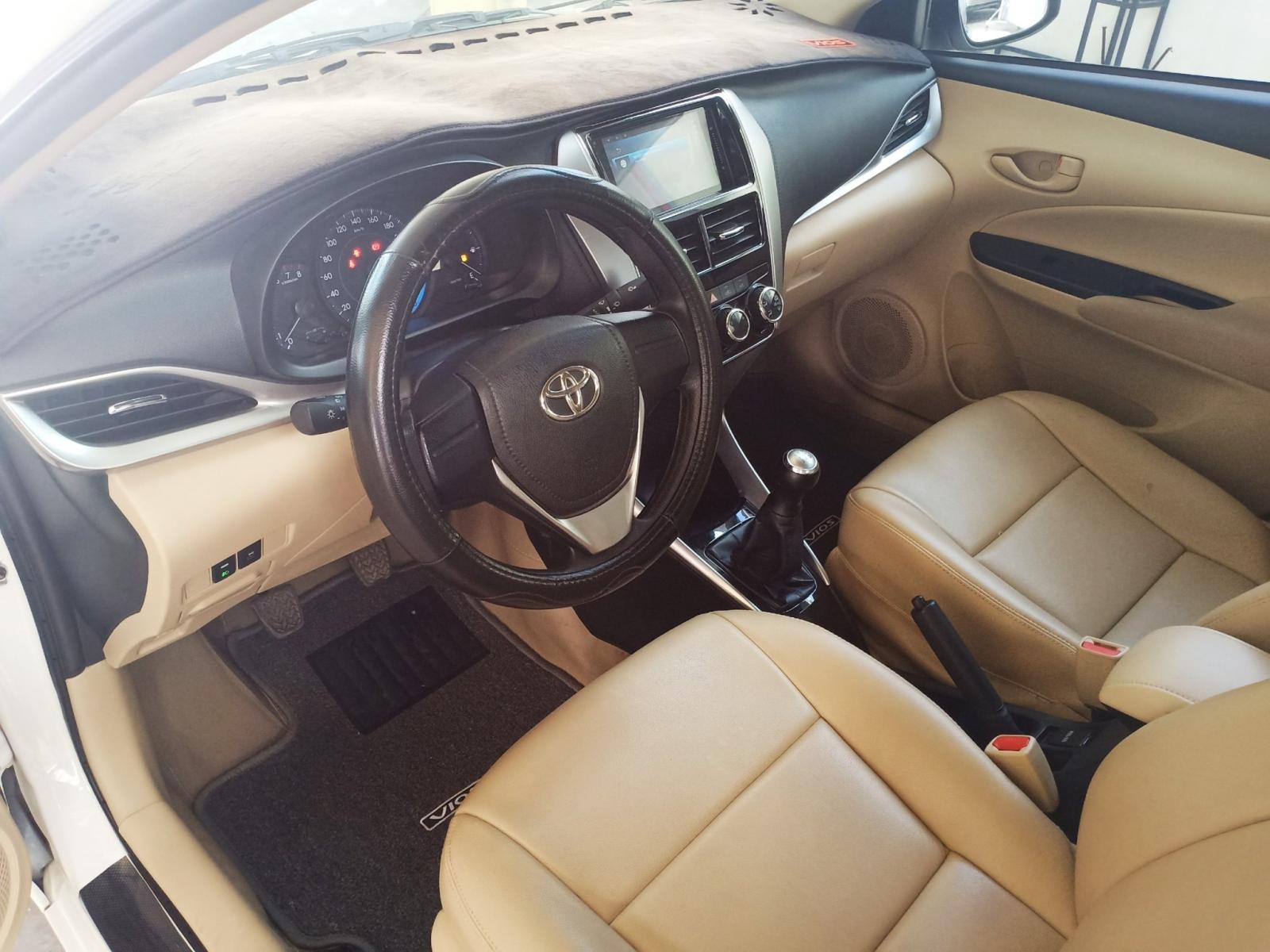 Cần bán gấp Toyota Vios E đời 2019, màu trắng