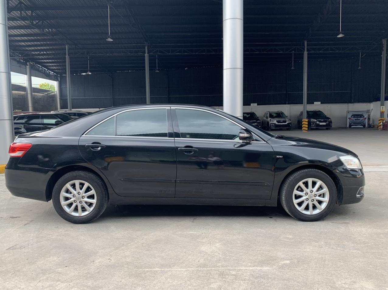 Bán Toyota Camry 2.4G đời 2010, màu đen chạy cực kỹ xe đẹp, giá fix mạnh