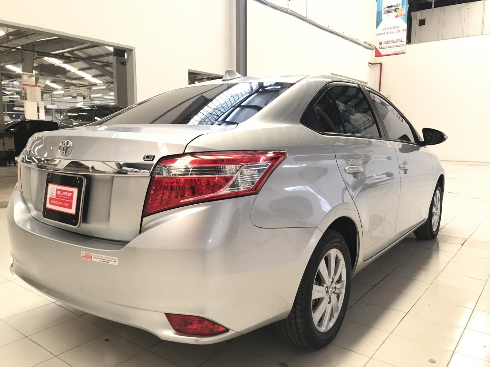 Bán xe Toyota Vios G đời 2017, màu bạc lướt 21.000km siêu đẹp