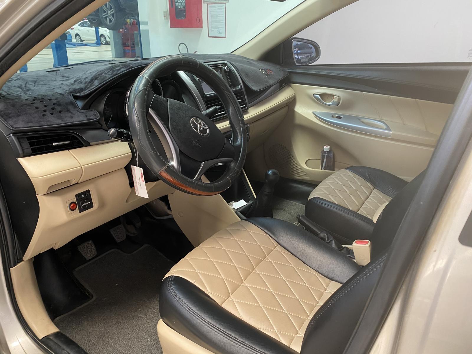 Bán Toyota Vios E MT đời 2016, màu nâu vàng, siêu chất - giá cạnh tranh