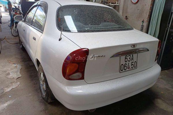 Chính chủ cần bán xe Daewoo Lanos 2005 Số sàn