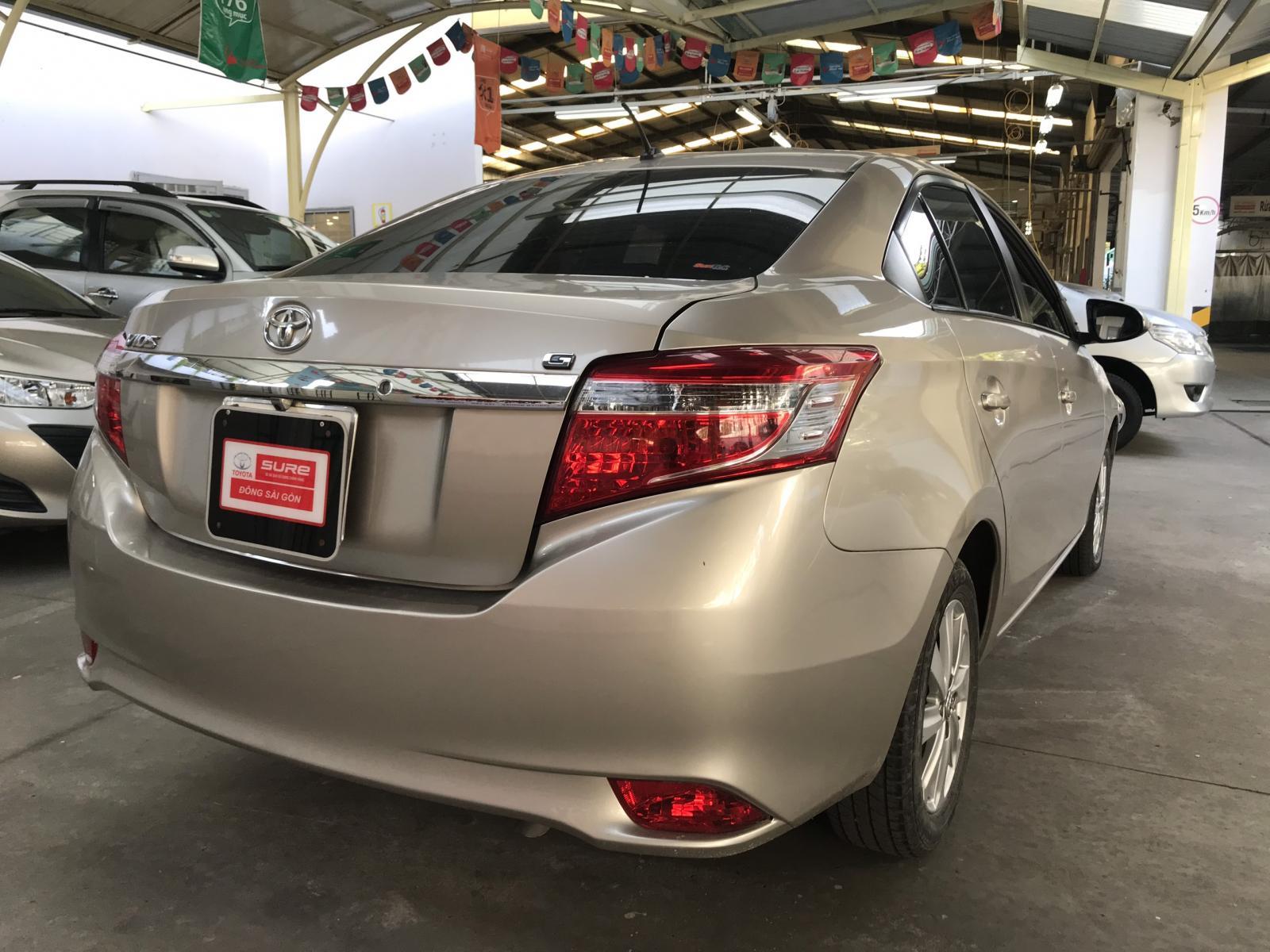 Bán ô tô Toyota Vios G đời 2015, màu nâu vàng siêu chất mới chạy 34.000km máy móc êm ru