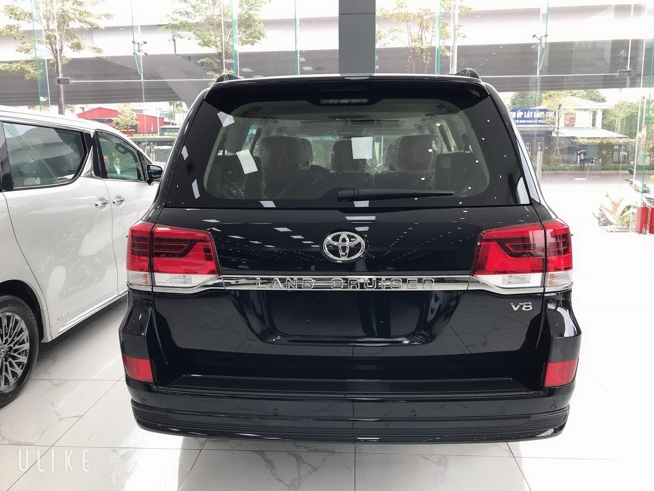 Cần bán xe Toyota Land Cruiser 4.5V8  2021 máy dầu