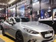 Cần bán lại xe Mazda 3 2.0 đời 2015, màu bạc giá 555 triệu tại Hà Nội