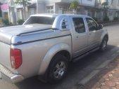 Tôi cần bán Nissan Navara LE số sàn màu bạc, xe mua mới tinh 2014, sản xuất 2013. Xe máy dầu, hai cầu giá 435 triệu tại Hà Nội