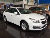 Bán Chevrolet Cruze 1.6 LT màu trắng, 158 triệu lăn bánh, vay tối đa 90%, bảo hành 3 năm, Nhung 0907.148.849 giá 589 triệu tại Kiên Giang
