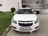 Cần bán xe Chevrolet Cruze 1.6LS đời 2014, màu trắng còn mới, giá chỉ 390 triệu giá 390 triệu tại Tp.HCM