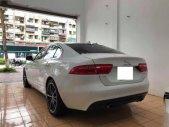 Chính chủ bán xe Jaguar XE 2.0 đời 2015, màu trắng, xe nhập giá 1 tỷ 950 tr tại Hà Nội
