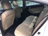 Cần bán xe Cerato 1.5 AT, bán xe Cerato màu trắng giá 605 triệu tại Hà Nội
