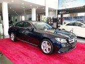 Bán Mercedes E250 2018 màu xanh - xe chính hãng đã qua sử dụng giá 2 tỷ 190 tr tại Hà Nội