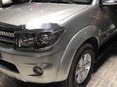 Bán ô tô Toyota Fortuner V năm 2009, màu bạc chính chủ, giá chỉ 570 triệu giá 570 triệu tại Tp.HCM