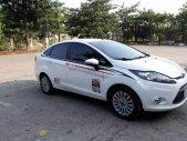 Cần bán lại xe Ford Fiesta 2011, màu trắng chính chủ giá 320 triệu tại Ninh Bình