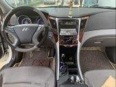 Bán xe Hyundai Sonata năm sản xuất 2012, màu trắng, nhập khẩu, số tự động giá 560 triệu tại Tp.HCM