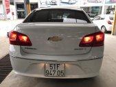 Bán Chevrolet Cruze LT 1.6MT màu trắng, số sàn, sản xuất 2016, biển Sài Gòn, đi 32000km giá 436 triệu tại Tp.HCM