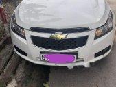 Cần bán xe Chevrolet Cruze LS sản xuất 2014, màu trắng, nhập khẩu nguyên chiếc xe gia đình, giá tốt giá 385 triệu tại Bình Dương