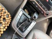 Cần bán xe Hyundai Elantra máy 2.0, số tự động, màu trắng giá 638 triệu tại Tp.HCM