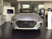 Bán Hyundai Elantra sản xuất năm 2018, màu bạc giá 550 triệu tại Bình Dương