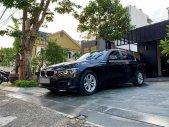 Cần Bán BMW 320i màu đen 2017, ĐK 2018, xe rất mới giá 1 tỷ 390 tr tại Tp.HCM