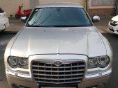 Cần bán Siêu xe Chrysler 300C 2.7 V6 màu bạc, giá 820 triệu giá 820 triệu tại Tp.HCM