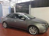 Bán xe chính chủ Kia Forte 2011 - Số sàn - 40 ngàn km - xe gia đình - mới tinh màu bạc giá 390 triệu tại Kon Tum