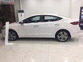 Cần bán xe Hyundai Elantra 2.0 AT đời 2019, màu trắng giá 640 triệu tại Hà Nội