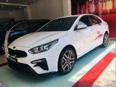 Bán xe Kia Cerato 1.6 Deluxe 2019, màu trắng giá 632 triệu tại Tp.HCM