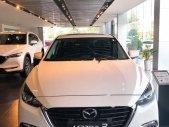 Bán Mazda 3 1.5 AT đời 2019, màu trắng, xe có sẵn, giao ngay giá 669 triệu tại Khánh Hòa