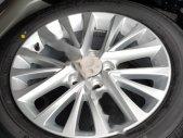 Cần bán gấp Toyota Camry năm 2017, màu đen giá 915 triệu tại Hà Nam