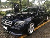 Bán Mercedes E250 đăng ký 10.2017, màu xanh đen, bảo hành dài đến 2021 giá 1 tỷ 950 tr tại Tp.HCM