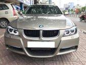 Gia đình cần bán xe BMW 320i, sản xuất 2008, số tự động, màu vàng cát giá 306 triệu tại Tp.HCM