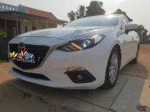 Cần bán Mazda 3 năm sản xuất 2016, màu trắng số tự động giá 575 triệu tại Quảng Nam