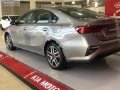 Bán Kia Cerato 1.6 AT Delu đời 2019, màu bạc giá 629 triệu tại Tp.HCM