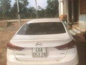 Bán Hyundai Elantra năm sản xuất 2016, màu trắng, 560 triệu giá 560 triệu tại Đắk Nông
