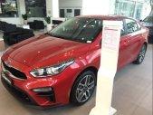 Cần bán xe Kia Cerato sản xuất năm 2019, màu đỏ giá 559 triệu tại Tp.HCM