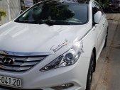 Cần bán Hyundai Sonata 2011, màu trắng, xe đẹp giá 550 triệu tại Trà Vinh