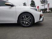 Bán ô tô Kia Cerato đời 2019, màu trắng giá 559 triệu tại Thái Bình