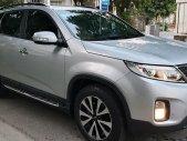 Gia đình cần bán Kia Sorento 2015, số tự động, máy xăng, màu bạc giá 635 triệu tại Tp.HCM